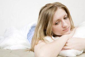 девушка не подозревает о заболевании кисты
