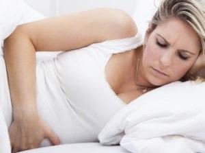 причиной боли внизу живота могут стать многие заболевания